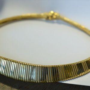 Vintage TRIFARI Gold Tone Choker Designer Signed